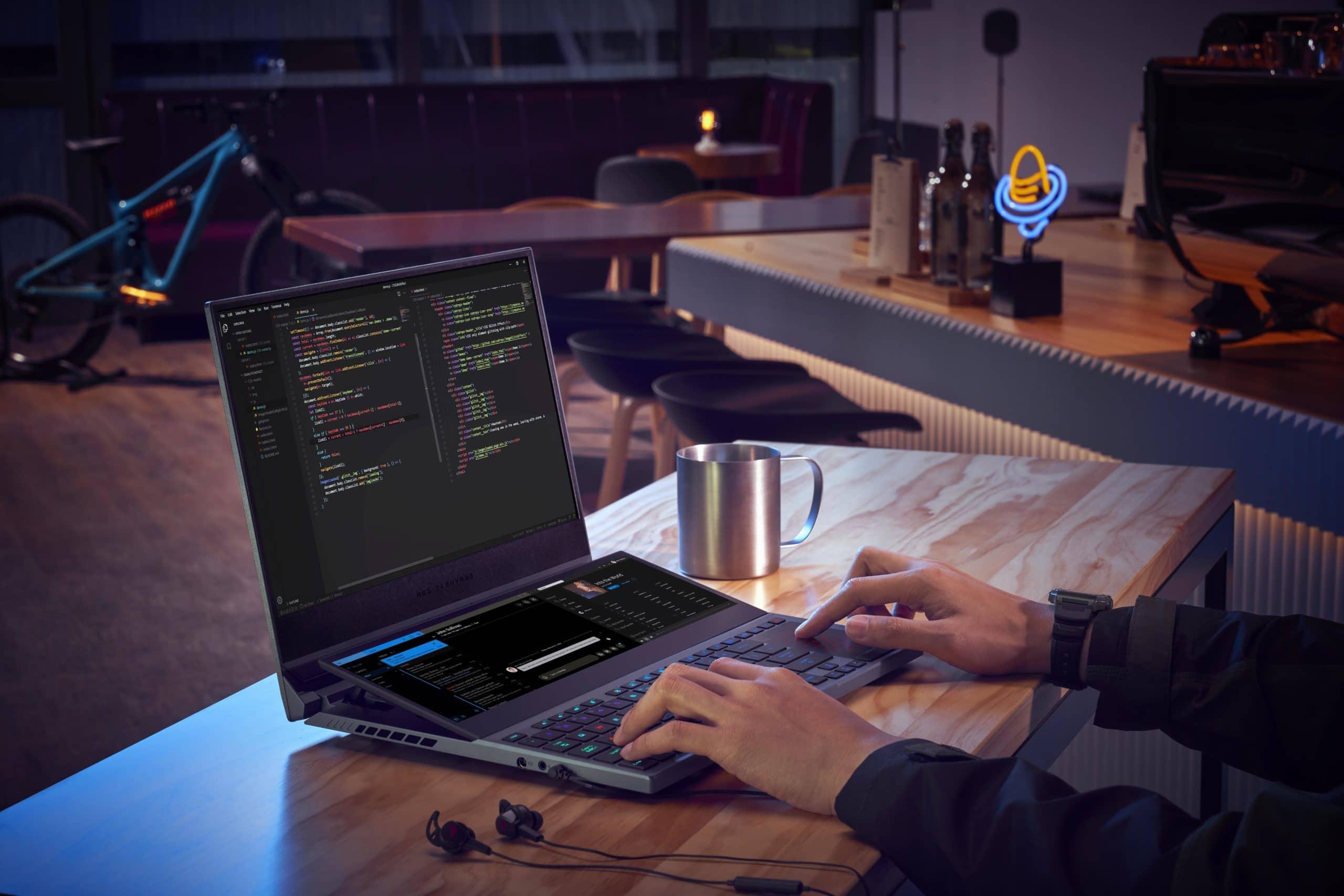 ROG Zephyrus Duo 15: Zwei Bildschirme, mehr Produktivität?